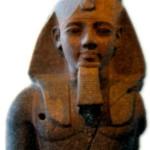Рамсес 2 -величайший фараон Египта.