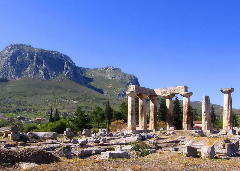 Коринф, культура Афин, Коринфа. Хозяйственная специализация полисов Греции