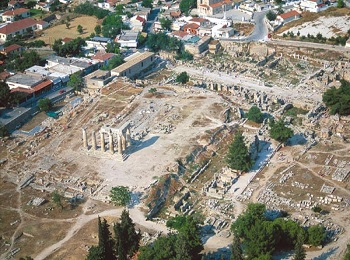 Древний город Коринф. Происходит возвышений спарты после Пелопонесской войны.