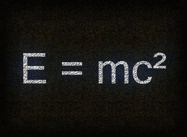 Теория относительности. Формула А. Эйнштейна